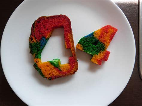 Kuchen Mit Zahl Innen kuchen mit bunten zahlen innen appetitlich foto f 252 r sie