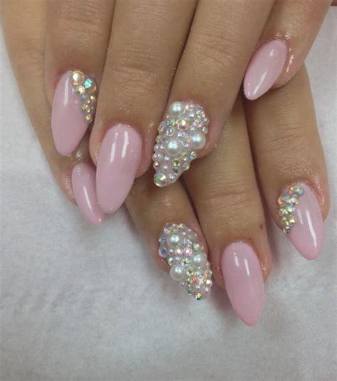 modele ongle nail le pearl nail des perles au bout des ongles