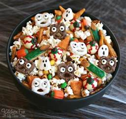 Peanuts Halloween Decorations Halloween Snack Mix Kitchen Fun With My 3 Sons