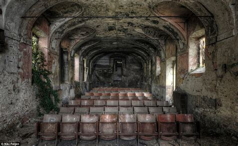 Deserted Places by Haunting Photos Of Abandoned Mansions Where Time Stands