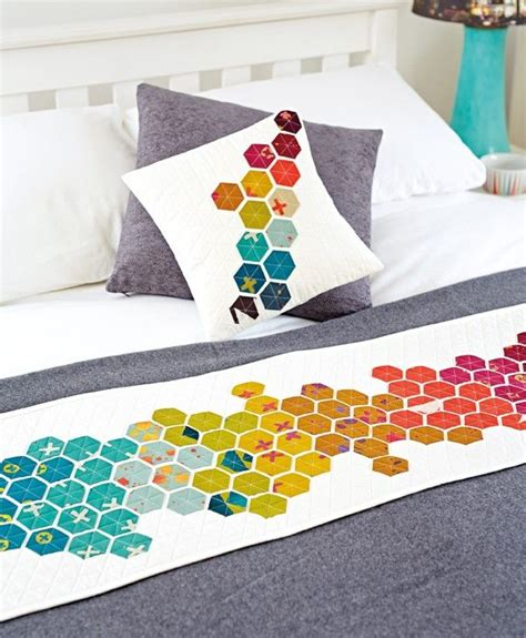Patchwork Bed Runner Patterns - 25 best ideas about patchwork quilting on
