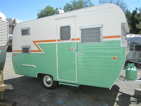 travel trailer restoration ideas 1038 best vintage travel trailers images on pinterest