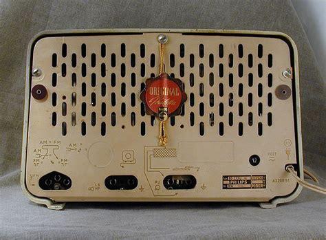 philips bdu philetta bakelite radio