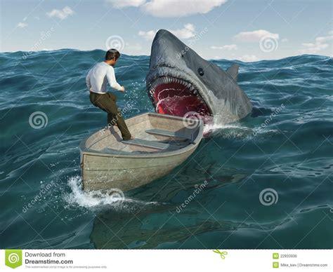 boat crash shark le requin attaque l homme dans un bateau image libre de