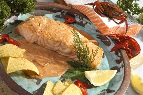 cucinare il filetto di salmone filetto di salmone arrosto la ricetta per preparare il