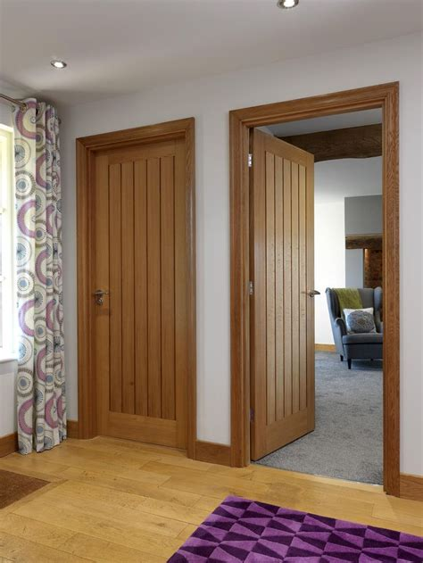 classic cottage best 25 brown interior doors ideas on brown