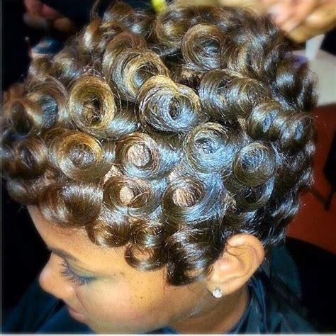 pixie hair cuts on wetset hair best 20 wet hair curls ideas on pinterest wet hair