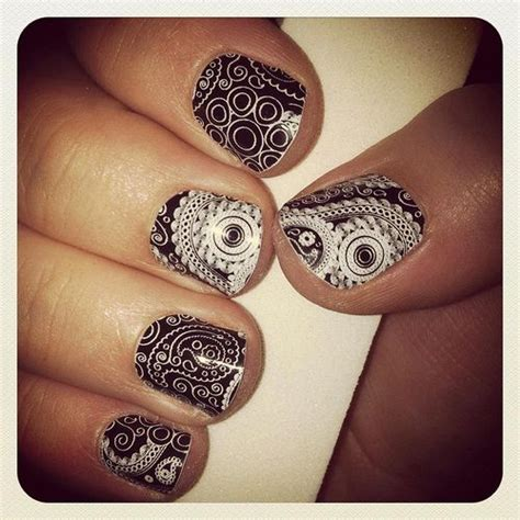 paisley pattern nails 71 best images about paisley nails on pinterest nail art