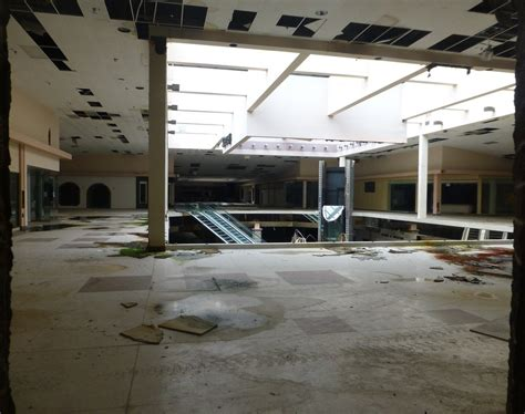 america s malls and department stores are dying off time shopping malls are going extinct business insider