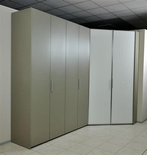 armadio con cabina spogliatoio armadio angolare con cabina poletti laccato opaco e vetro