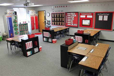 Middle School Classroom Decorating Ideas by Dandelions And Dragonflies Finally Classroom Reveal