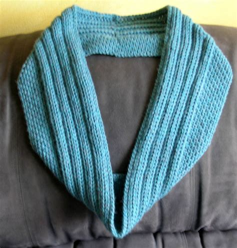 infinity knit scarf pattern free pattern sugared ribs an infinity scarf hookers