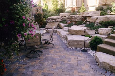 Pavers For Small Backyard Patio Decor Landscape Designs Backyard Pavers Design Ideas