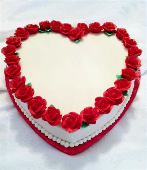 Heart Shaped Cakes: Summer Love is in the Air with These