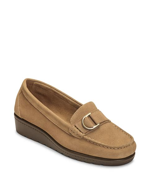 Hk Wedges Suede 2 aerosoles parisian suede wedge loafers in brown taupe lyst