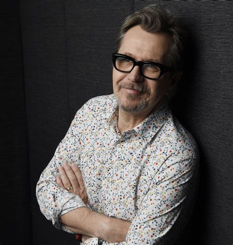 gary hope actor gary oldman on digging deep to transform into winston