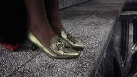 silver slippers wizard of oz quot it s not easy being green quot once upon a time podcast 141