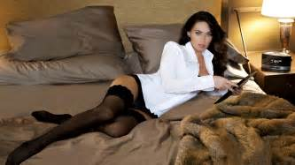 Coral Bed Skirt Megan Fox Megan Fox Wallpaper 30892166 Fanpop