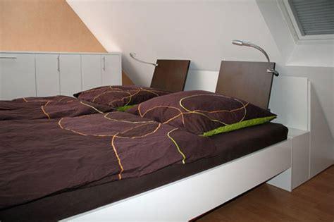 Ablage Für Kleidung Im Schlafzimmer by Bett Wie Schrank