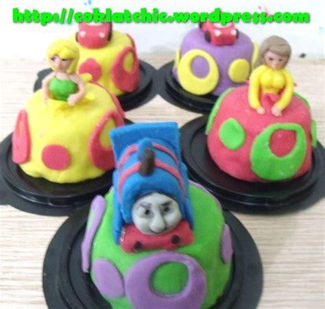 Gantungan Kunci 6 D Nkl pin sushi rp 1500 gantungan hp kunci atau bros bintang cake on