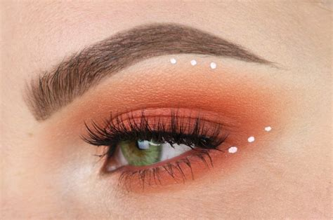 Eyeshadow Orange pink orange blown out eyeshadow