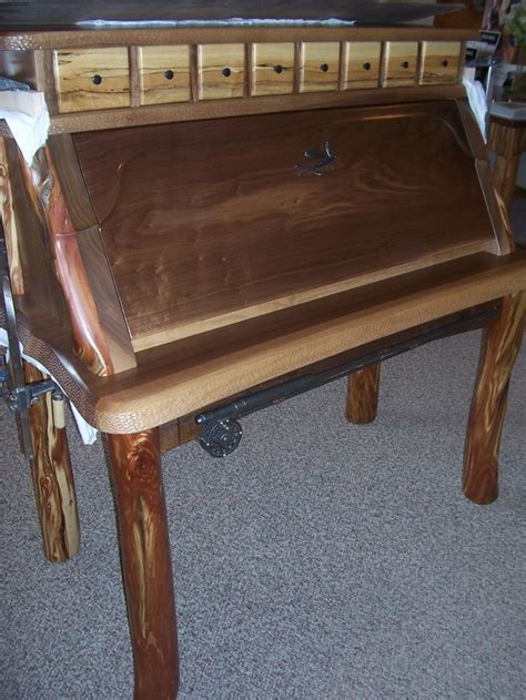 mcmahon fly tying desk oustanding fly fishing gear