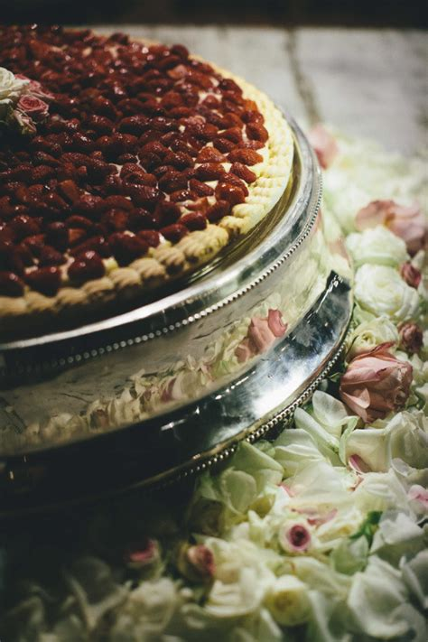 wedding cake quiz buzzfeed 21 beautiful wedding desserts that are better than