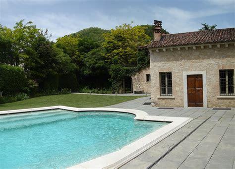 sandrini giardini franciacorta cascinale privato progettazione giardini