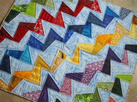 wonky zig zag quilt pattern 25 best ideas about bright quilts on pinterest quilt