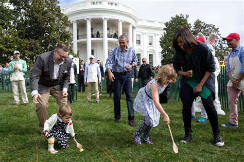 white house rolls in photos 2016 white house easter egg roll the obama