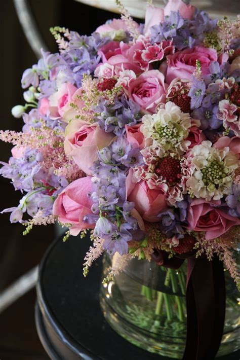 beautiful flower arrangements 25 best ideas about rose arrangements on pinterest rose
