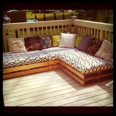 25 best ideas about pallet seating on outdoor pallet seating pallet chairs and 25 best ideas about pallet outdoor on pallet diy pallet furniture and