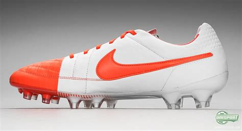 imagenes nike tiempo nike tiempo legend v the lightest touch in red and white