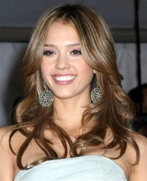 celebrity haircuts and color blonde hilights over dark hair jessica alba blonde