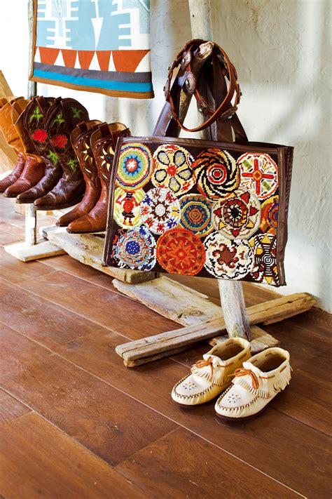sac en tapisserie un sac en tapisserie aux motifs ethniques