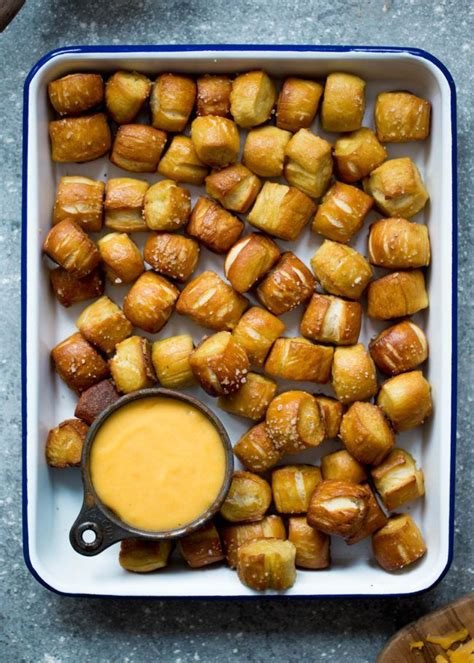 best pretzels best 25 pretzels ideas on soft pretzel