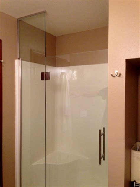 Fiberglass Shower Door Shower Glass Pictures Area Glass Wi And Northwoods