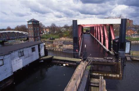 barton swing aqueduct photographs