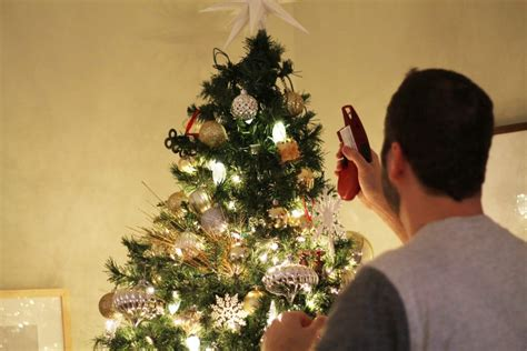 how do i fix my prelit xmas tree psa instantly fix your burnt out lights chris
