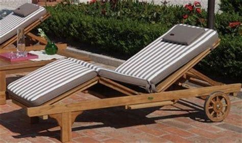 lettini da terrazzo lettini da giardino mobili da giardino