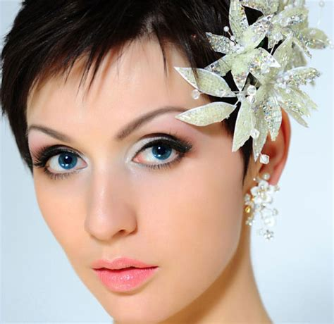 hairstyles for short hair using clips wedding hair clips flower theme wedding inspiration