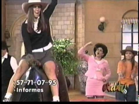 mujeres mostrando calzones iran castillo ense 241 a sus calzones youtube