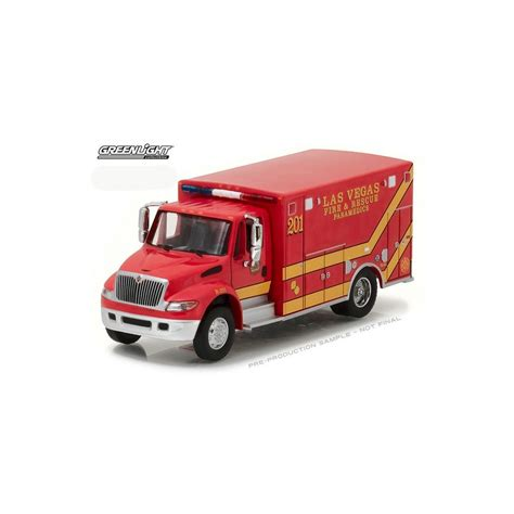 Greenlight International Durastar Ambulance Greenlight Hd Trucks Series 9 2013 International