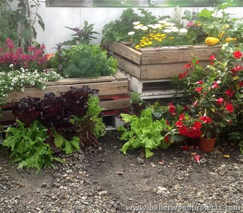 Pallet Garden Decor Wood Pallet Projects For Garden Pallet Wood Projects