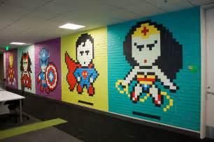 Superman Wall Murals ils red 233 corent leur bureau avec des post it le journal