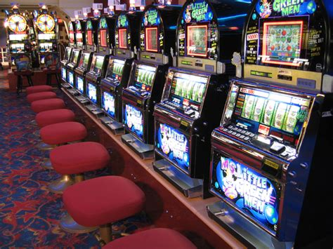 harrahs  orleans casino  orleans attraction
