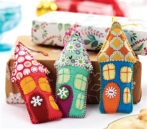 sew decorations 25 unique felt house ideas on felt crafts