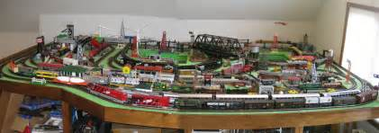 Scale train layouts o scale trains o scale layouts