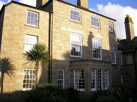 main bedroom picture of kenegie manor holiday park flat on the last floor picture of kenegie manor holiday