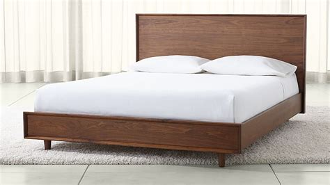 Wooden Crate Bed Frame Why Wood Bed Frame Is The Best Choice Bestartisticinteriors